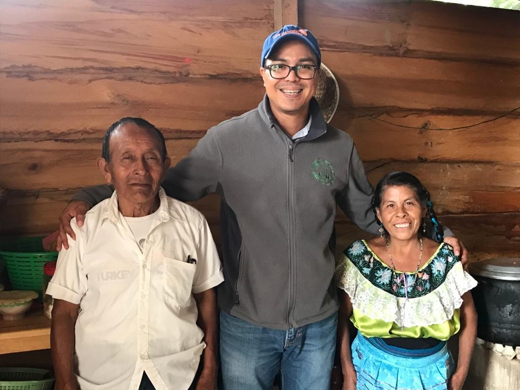 Juan with pastor Nicolas and his wife, Esperanza, at Iglesia Bautista Nueva Jerusalem in the Tseltal community of Tacuba Vieja, Chiapas